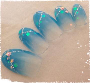 人魚の泡ネイル